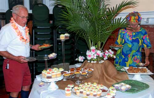 Dessert table at 2014 auction