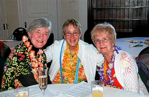Sandi, Jeanne & Shirley at 2014 auction